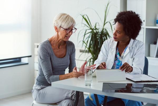 Atendimento com fonoaudiólogo audiologista